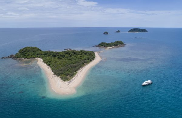 Frankland Islands New Boat 11