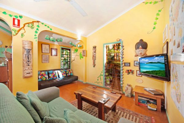 Travellers Oasis Hostel Cairns